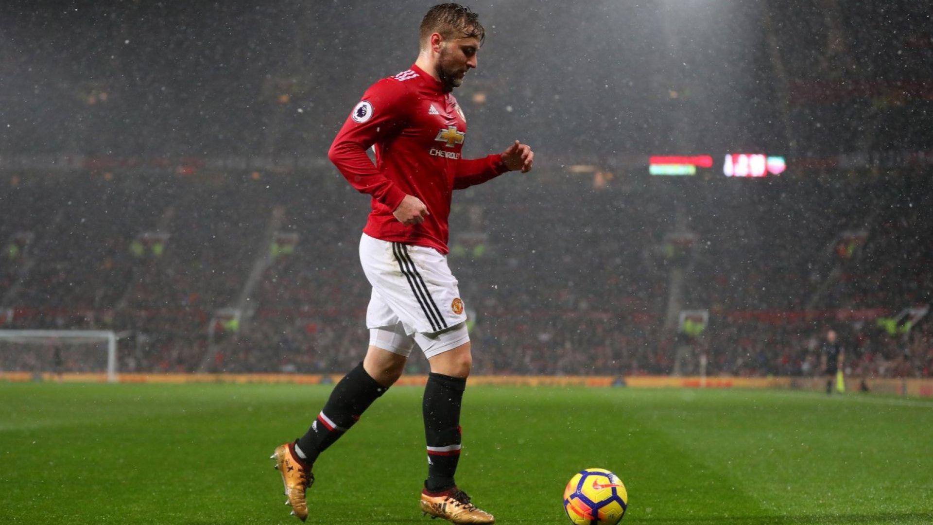 """Защитник на """"Юнайтед"""": Не съм дебел, тялото ми е като на Рууни"""