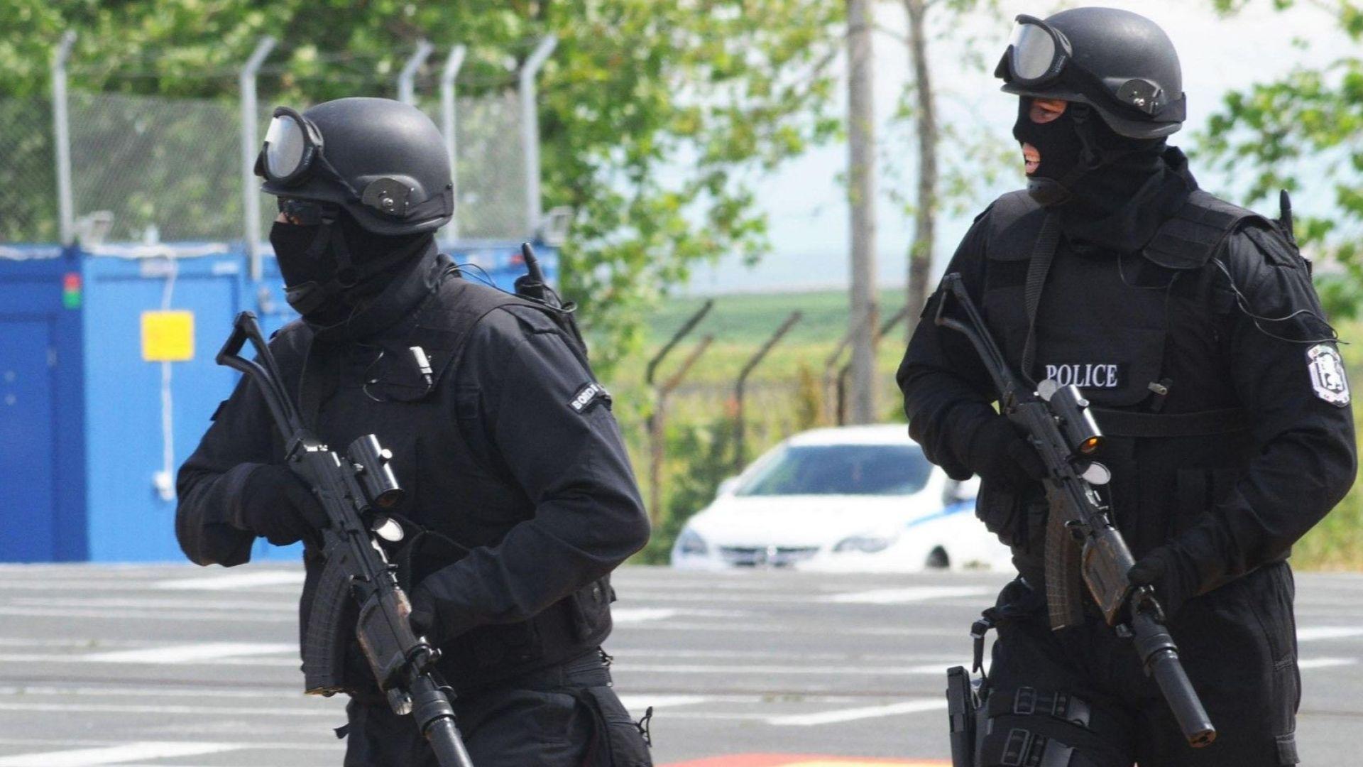 Бараково е под полицейска обсада заради вероятния убиец на благоевградчанката