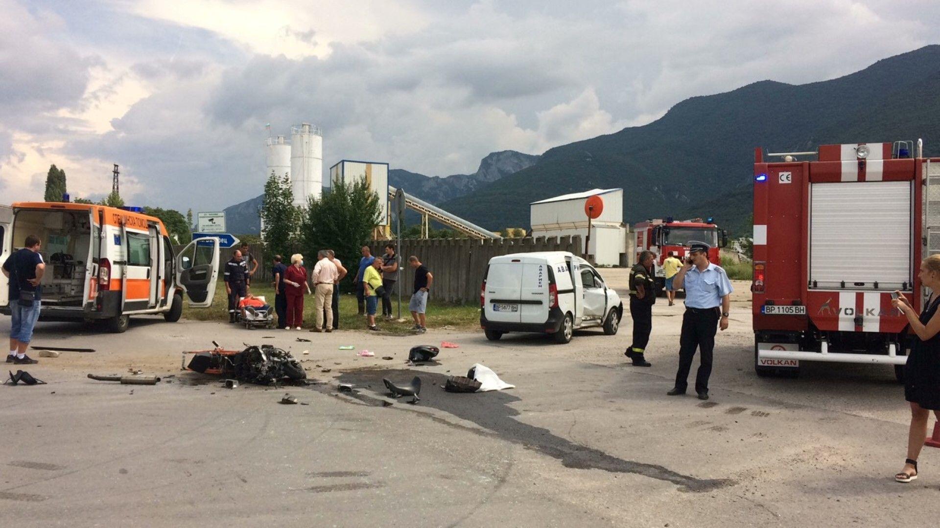 Мотористът е издъхнал на път за болницата