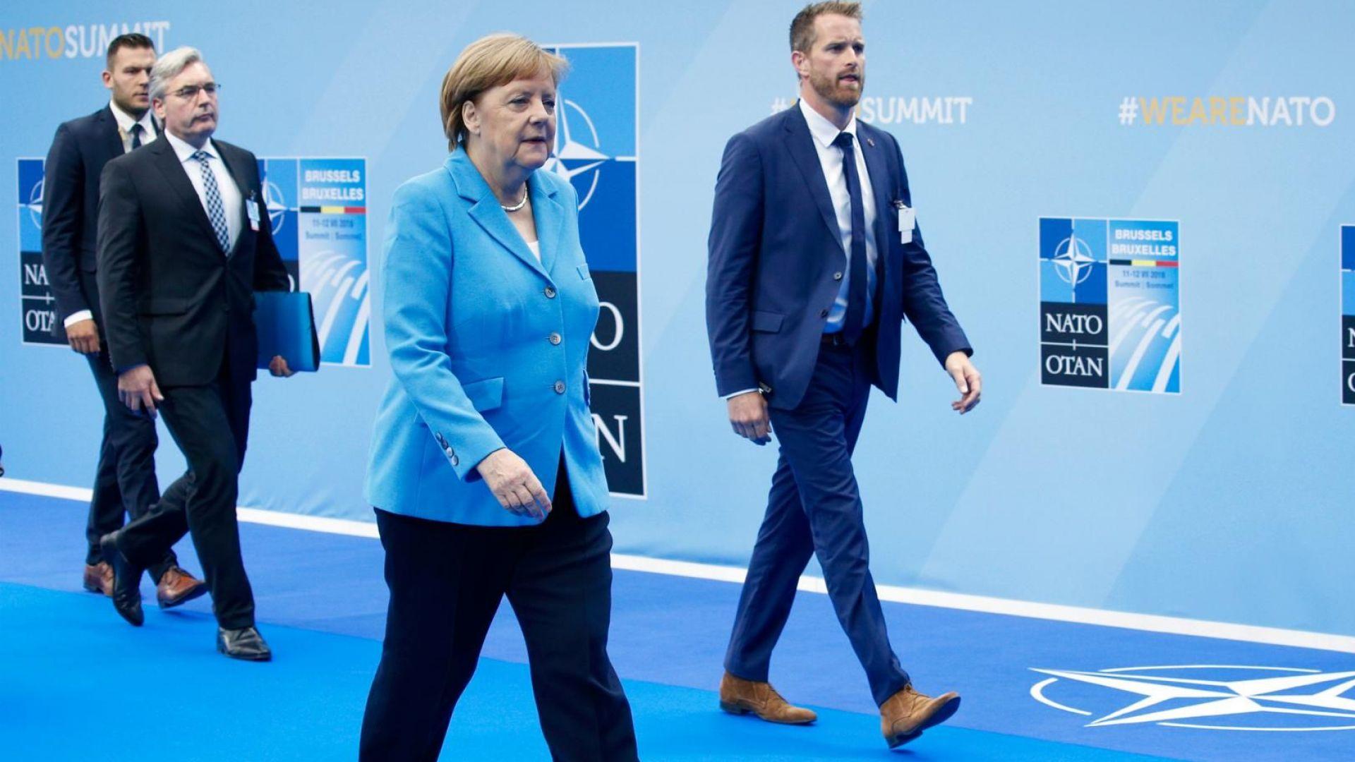 Ангела Меркел с нов самолет: А-321 втора ръка