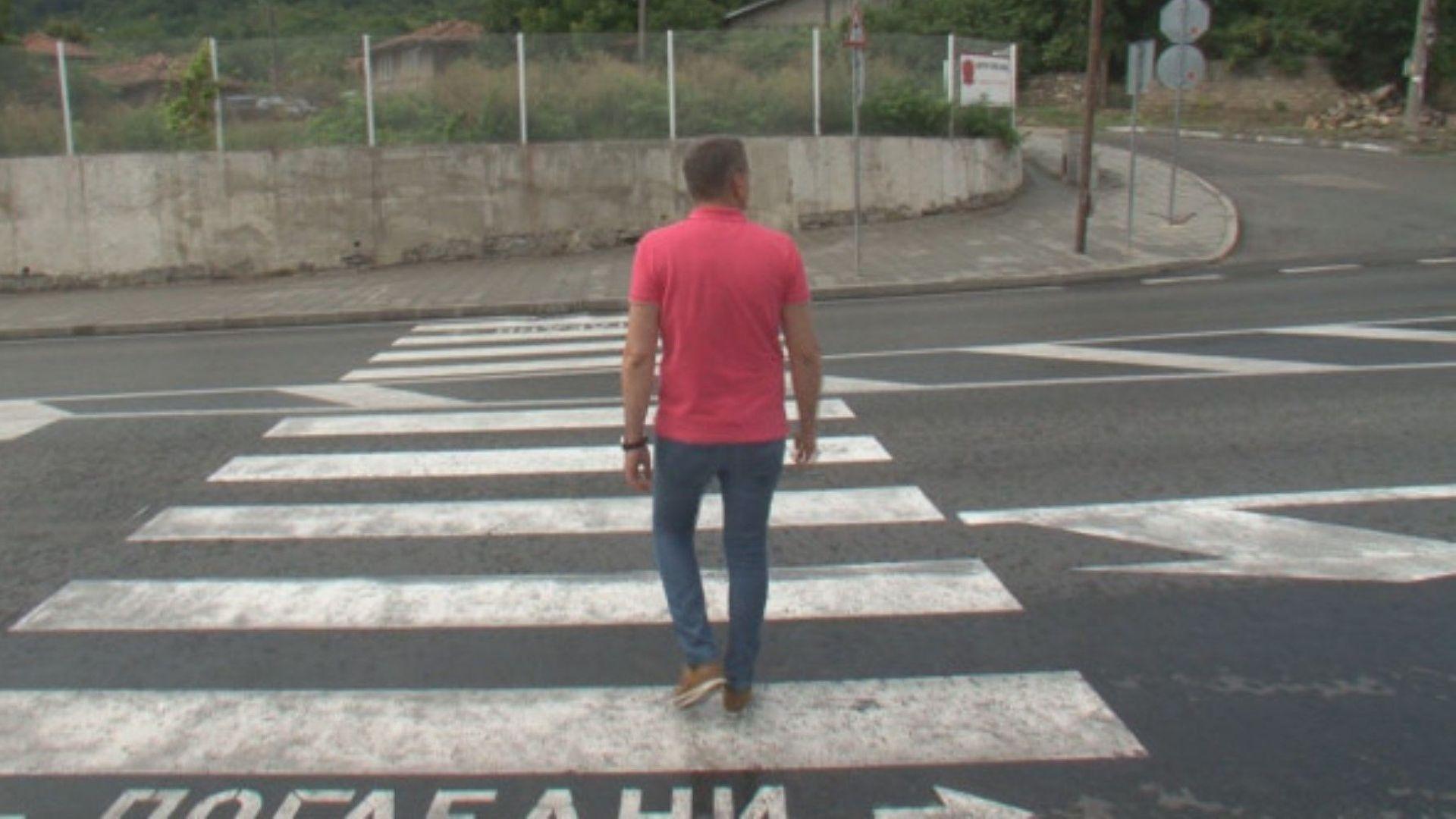 Слагат светофар на пътя София - Варна след протест в Шереметя