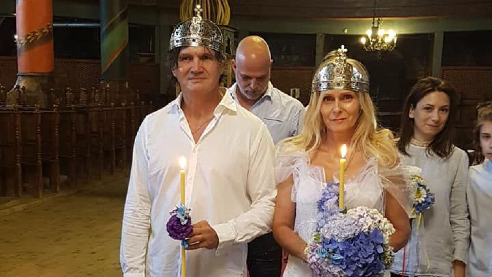 Влади Априлов се венча след 27 години брак (галерия)