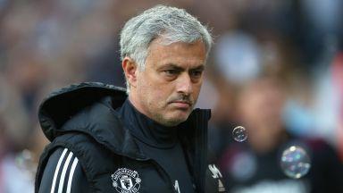 """Как се стигна до войната в """"Юнайтед"""" и най-трудното лято на Моуриньо?"""