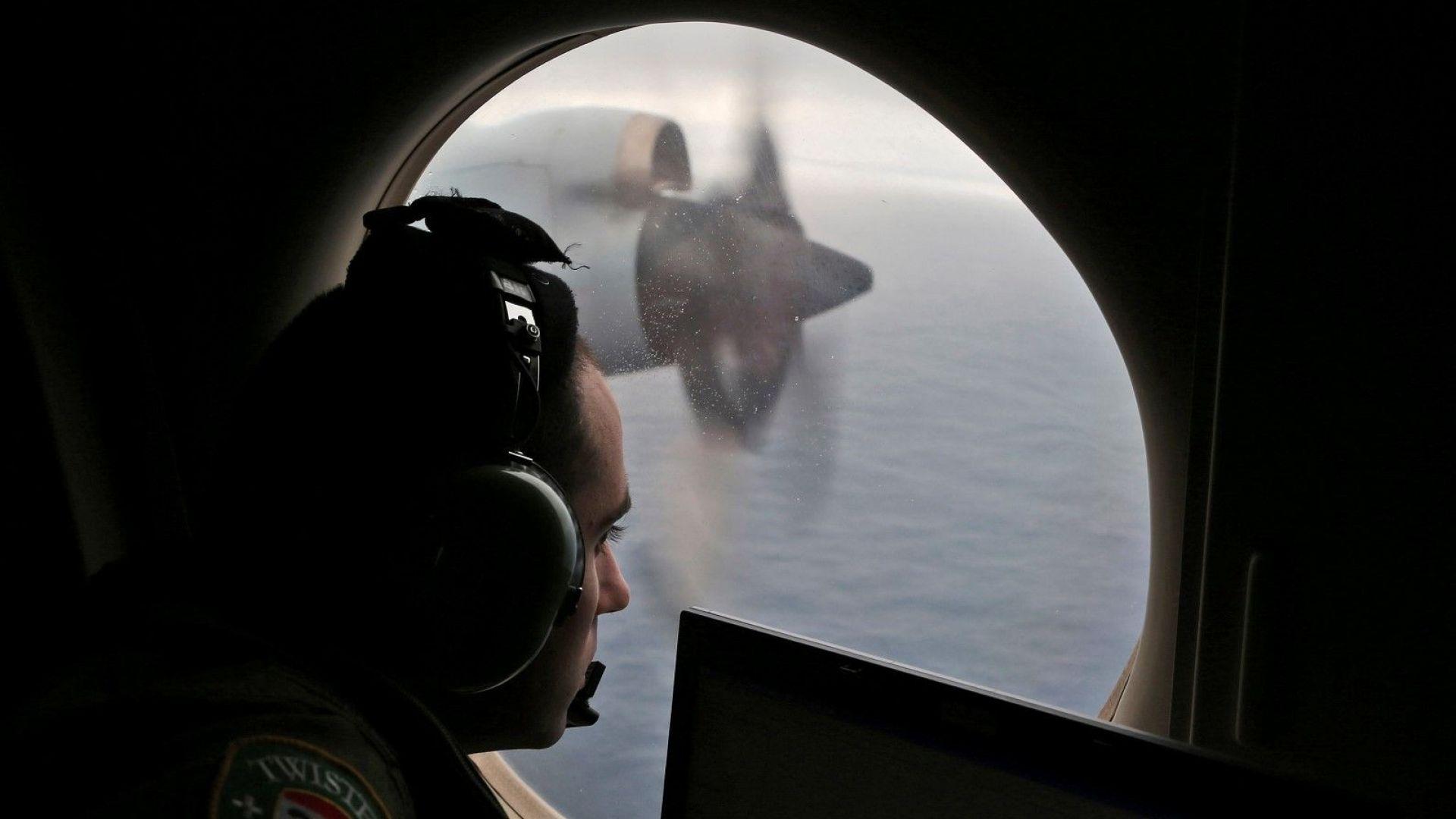 Мистерията около полет  МН370 на Малайзийските авиолинии се задълбочава