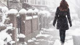 """""""Отвъд зимата"""" - за спояващата сила на любовта, която държи света в равновесие"""