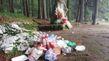 БСП след снимките с боклуци: Продължава разчистването на Бузлуджа