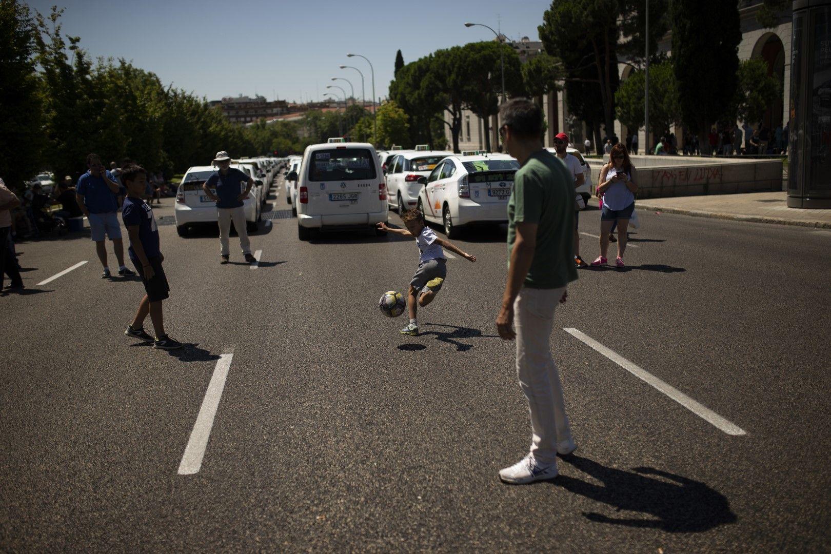 Стачка на такситата в Мадрид
