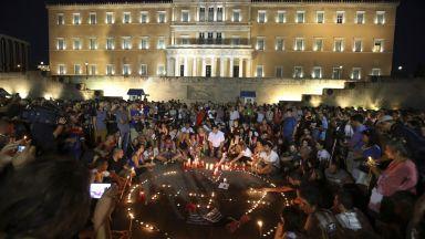 Идентифицираха 70 от телата, открити след пожарите в Гърция