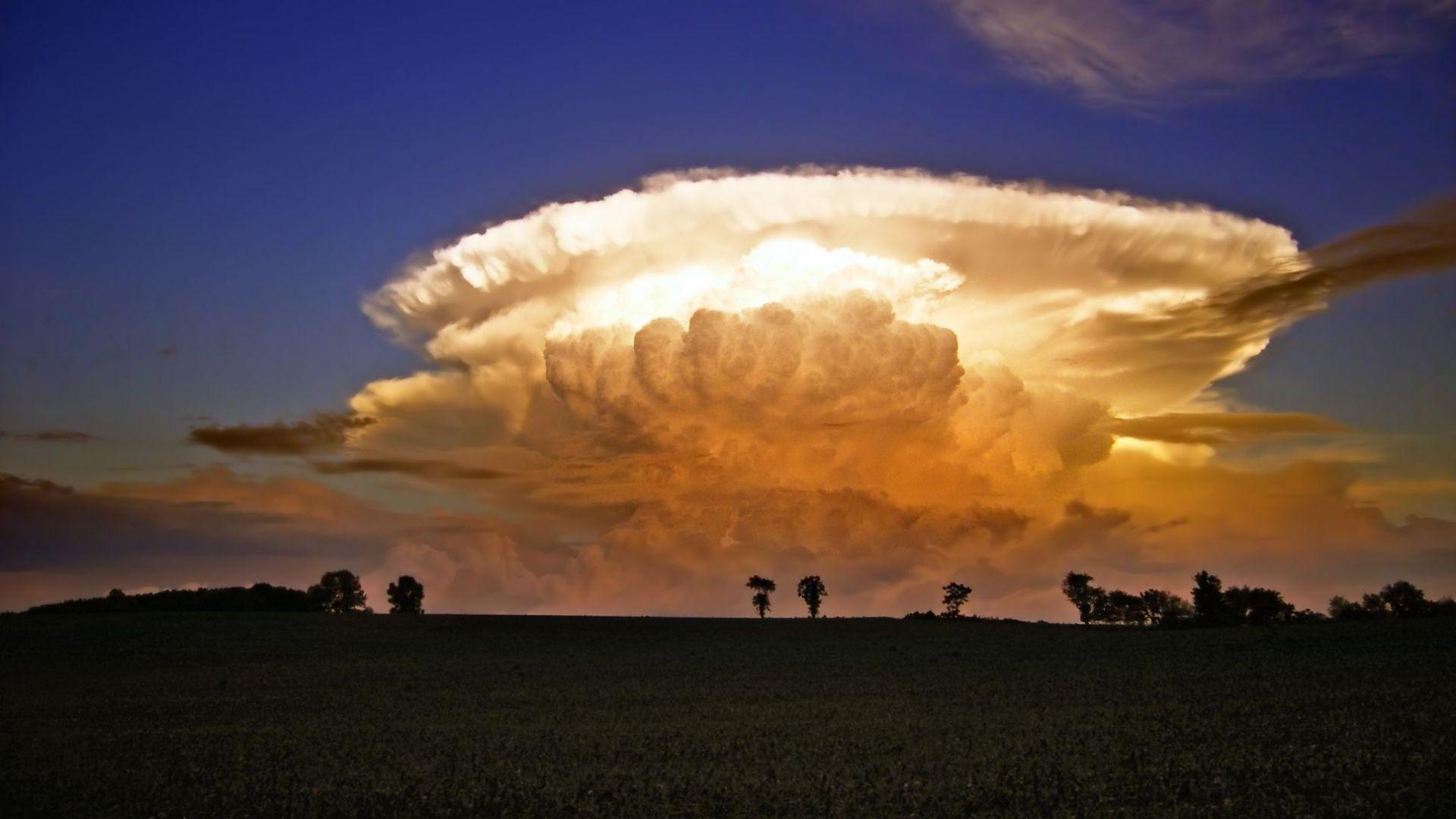 Облачен атлас: Купесто-дъждовни облаци