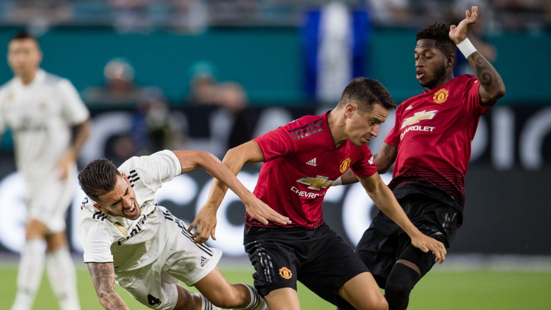 """""""Юнайтед"""" най-накрая накара Моуриньо да се усмихне"""
