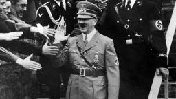 ЦРУ разсекрети доклад: Хитлер е бил бисексуален садомазохист