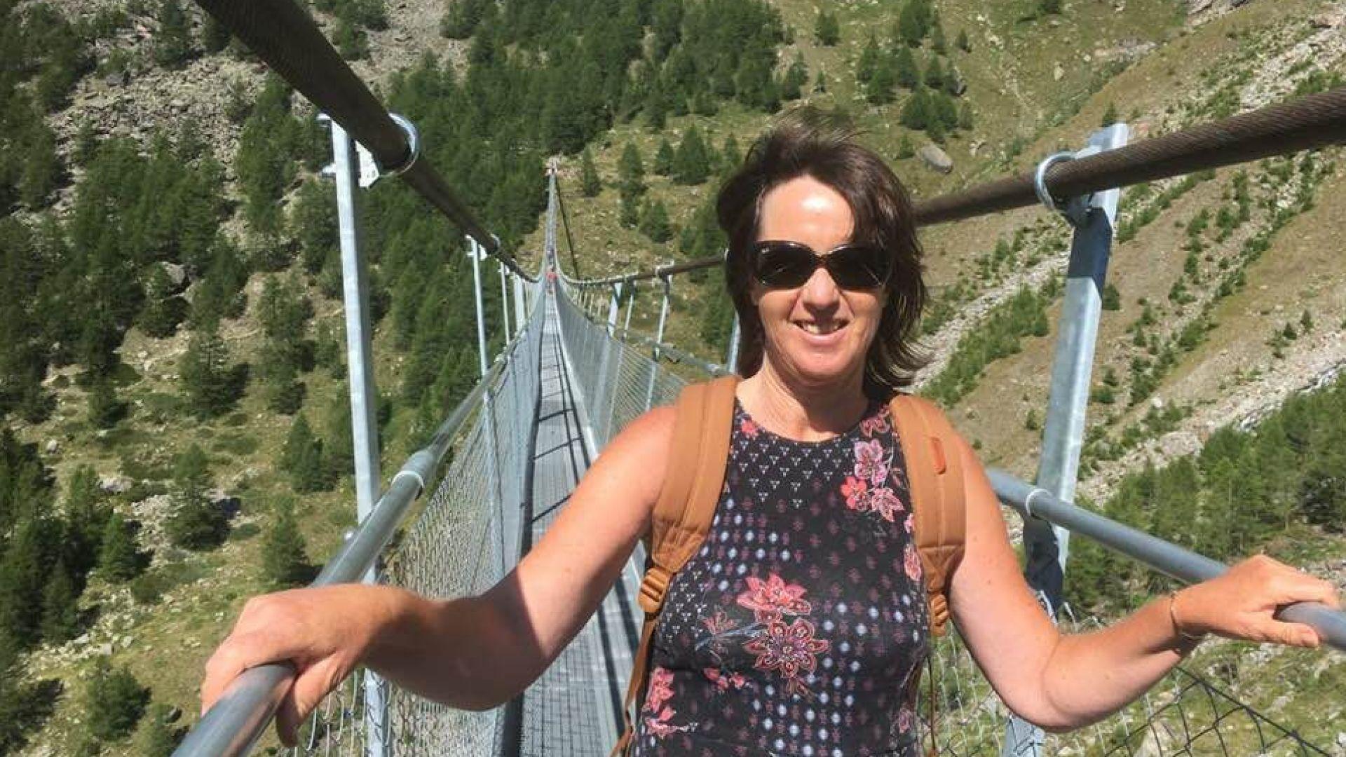 Мануела Малеева се похвали с екскурзия до най-дългия висящ мост в света (снимки)