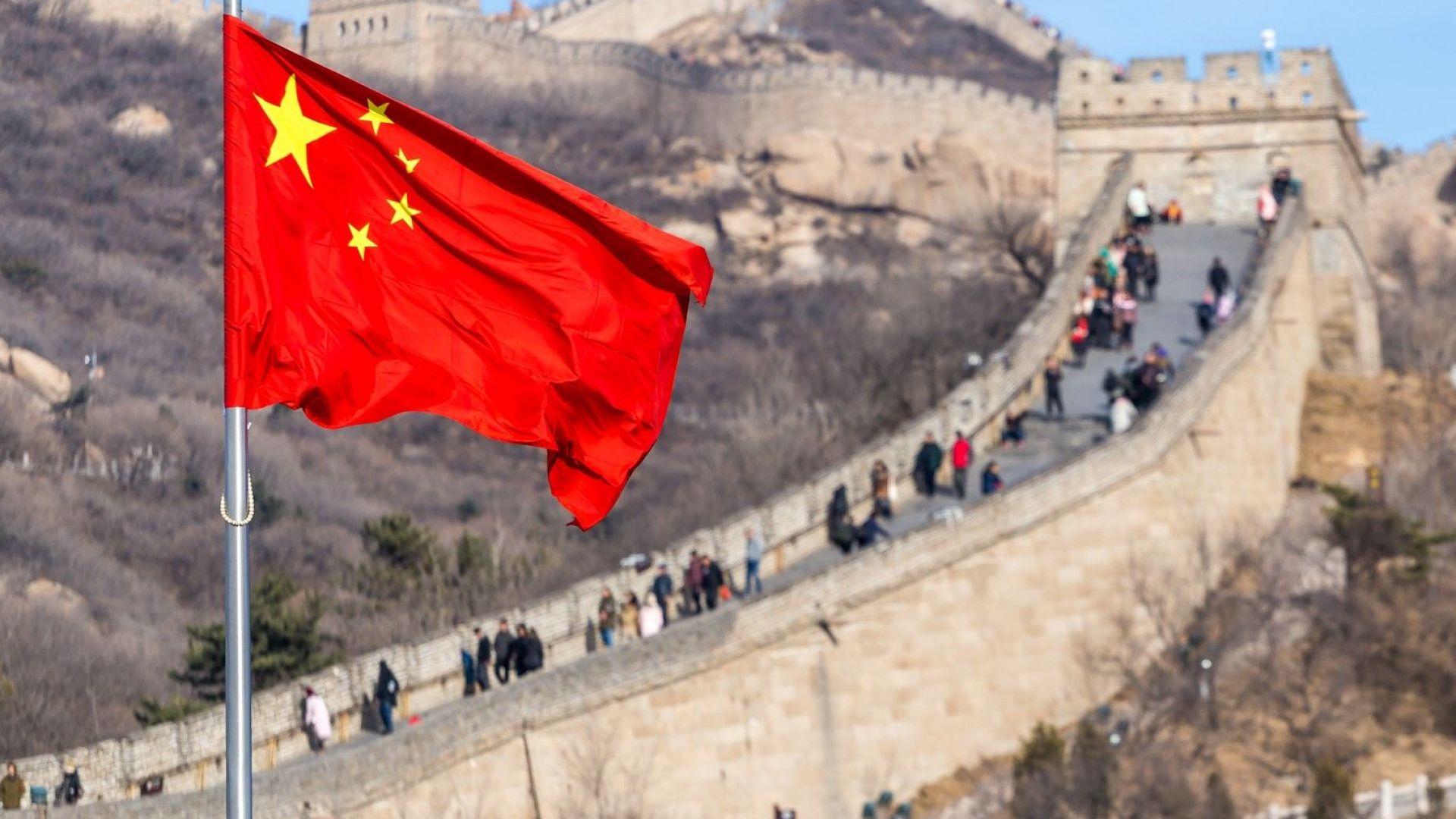 20 000 туристи дневно на някои от участъците по стената