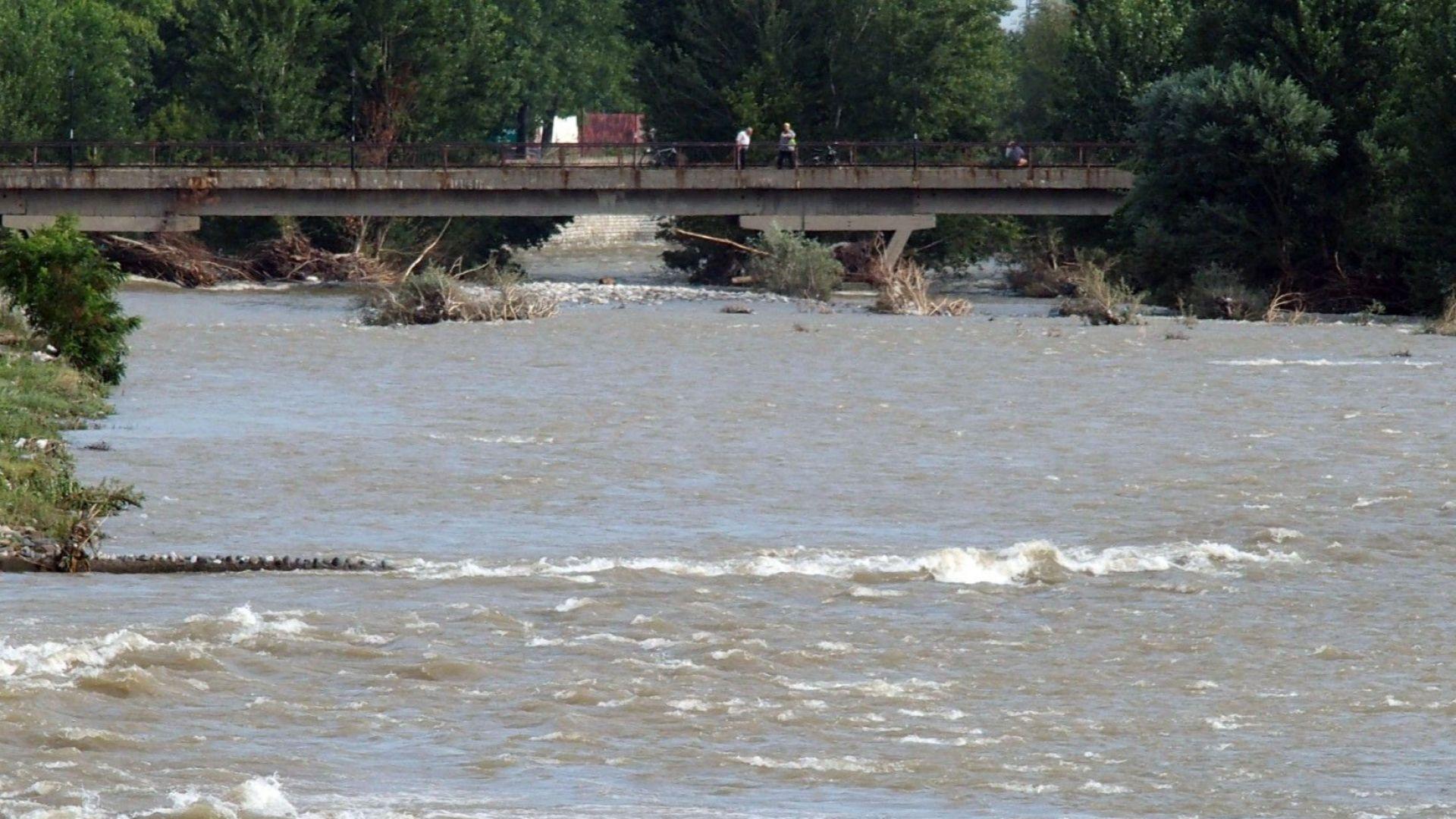 В Пловдивско остава в сила бедственото положение след дъждовете