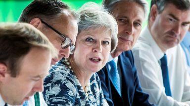 Сделката за Брекзит се препъна на ирландската граница