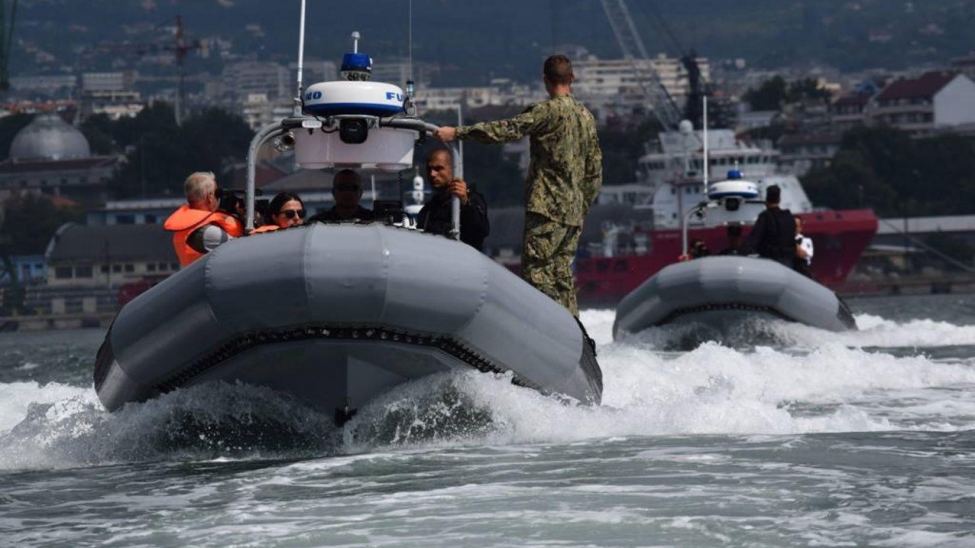 Военноморските сили получават безпилотни подводни апарати