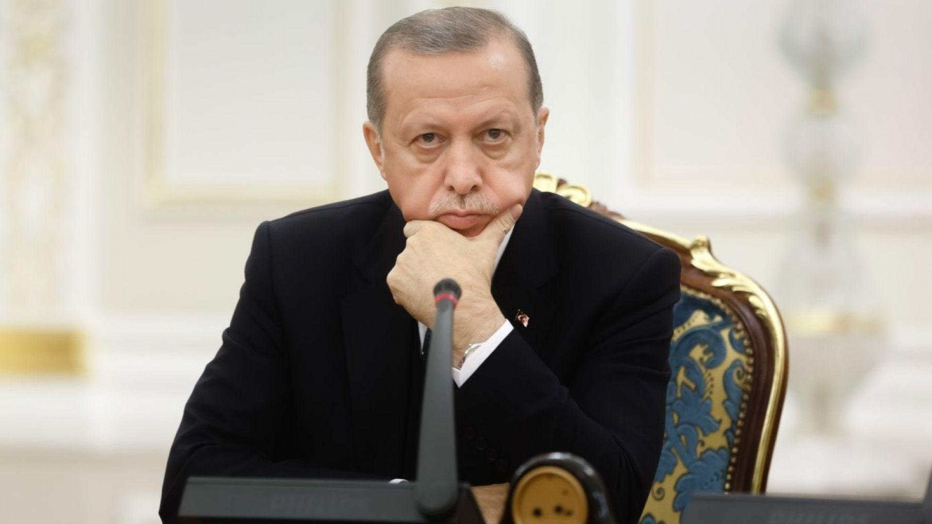 Die Welt: Нови санкции на САЩ могат да доведат Турция до банкрут