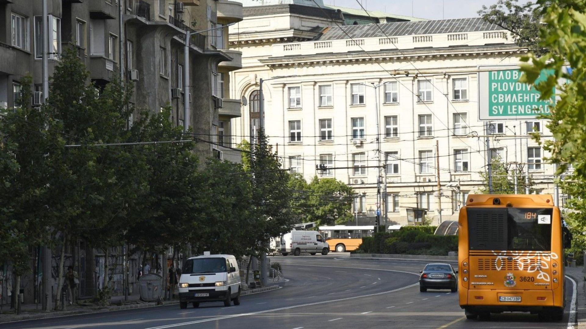 Два дни ще е затворено кръстовището при Ректората в София