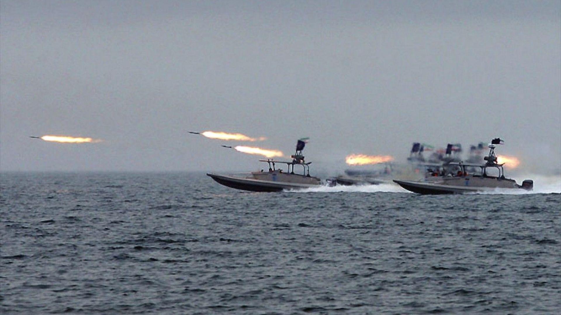 Иран потвърди за бойните кораби в Персийския залив