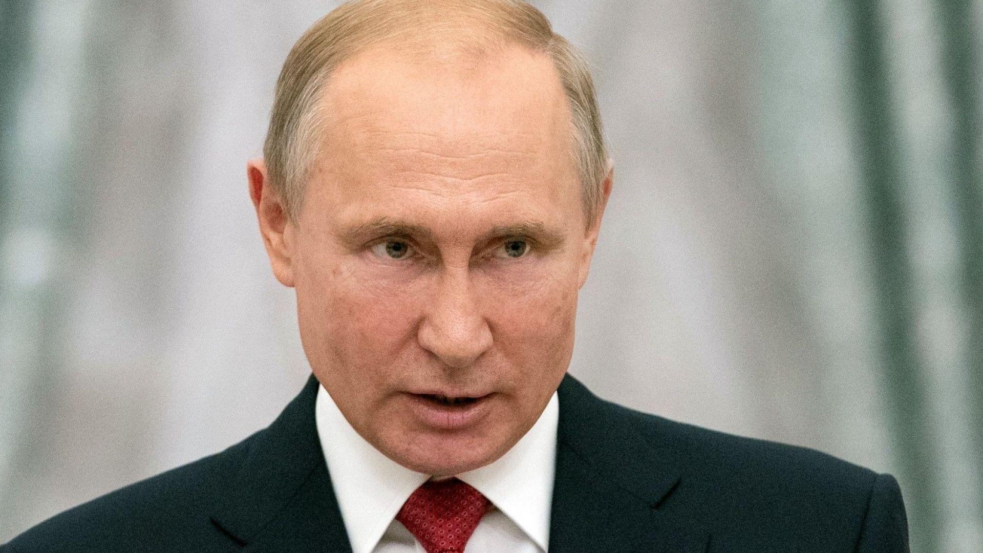 Руснаците все повече не одобряват външната политика на Путин