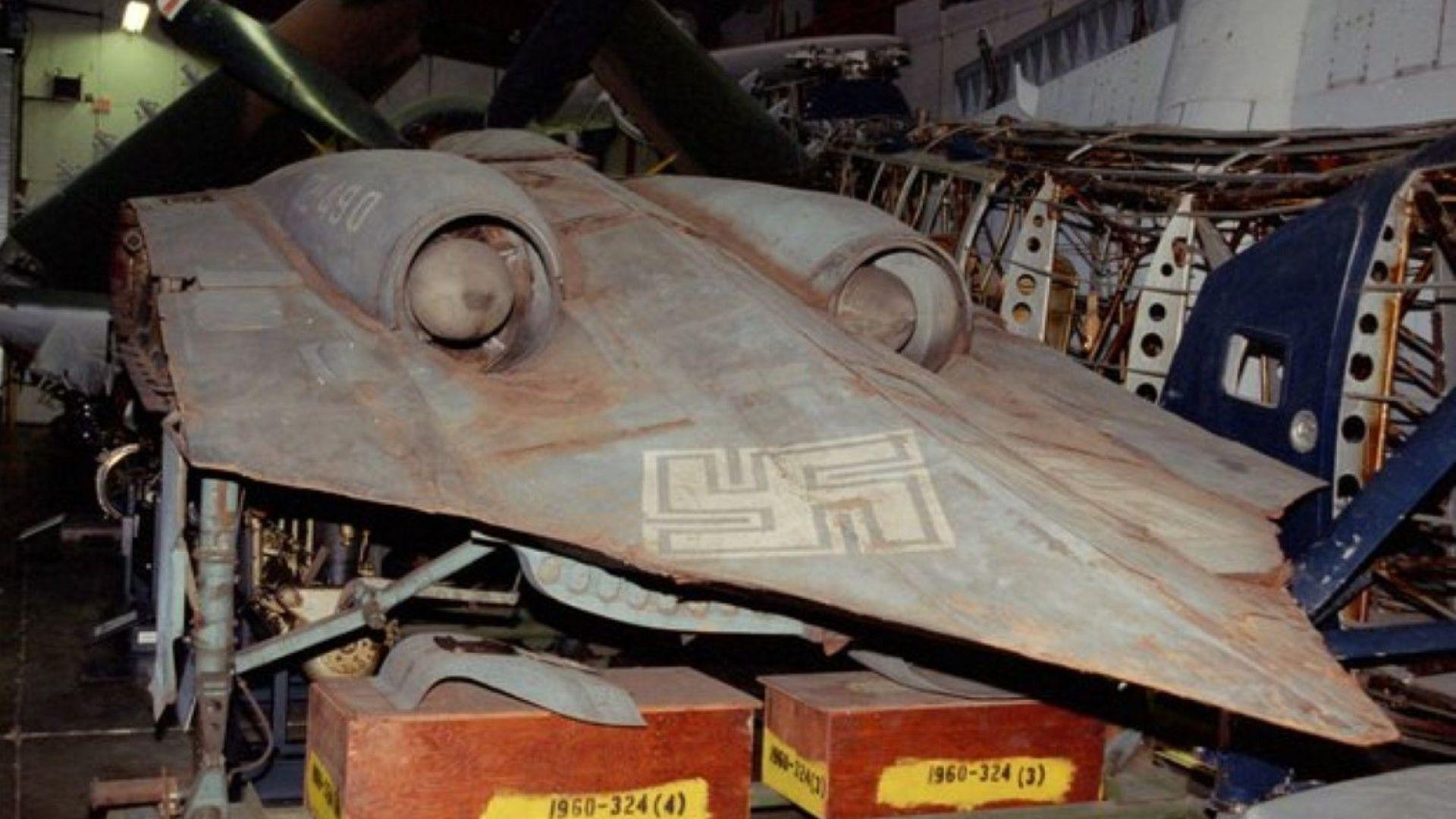"""Разсекретени документи на ЦРУ: Хитлер е имал """"летящи чинии"""""""