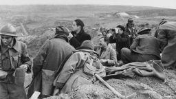 """Неизвестният разказ на Хемингуей за """"мръсната търговия на войната"""""""
