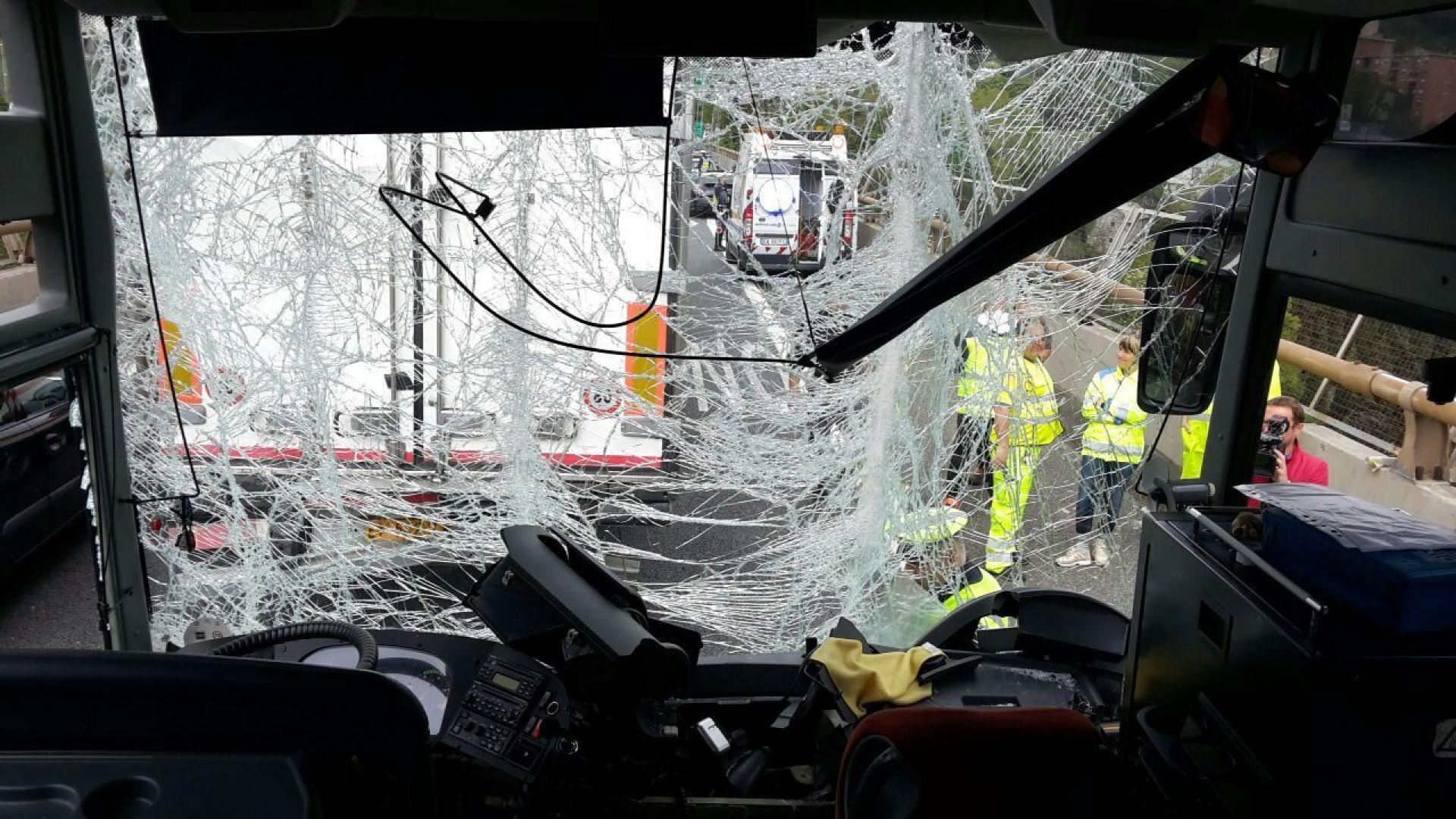 Микробус с българска регистрация катастрофира в Италия, 12 души загинаха