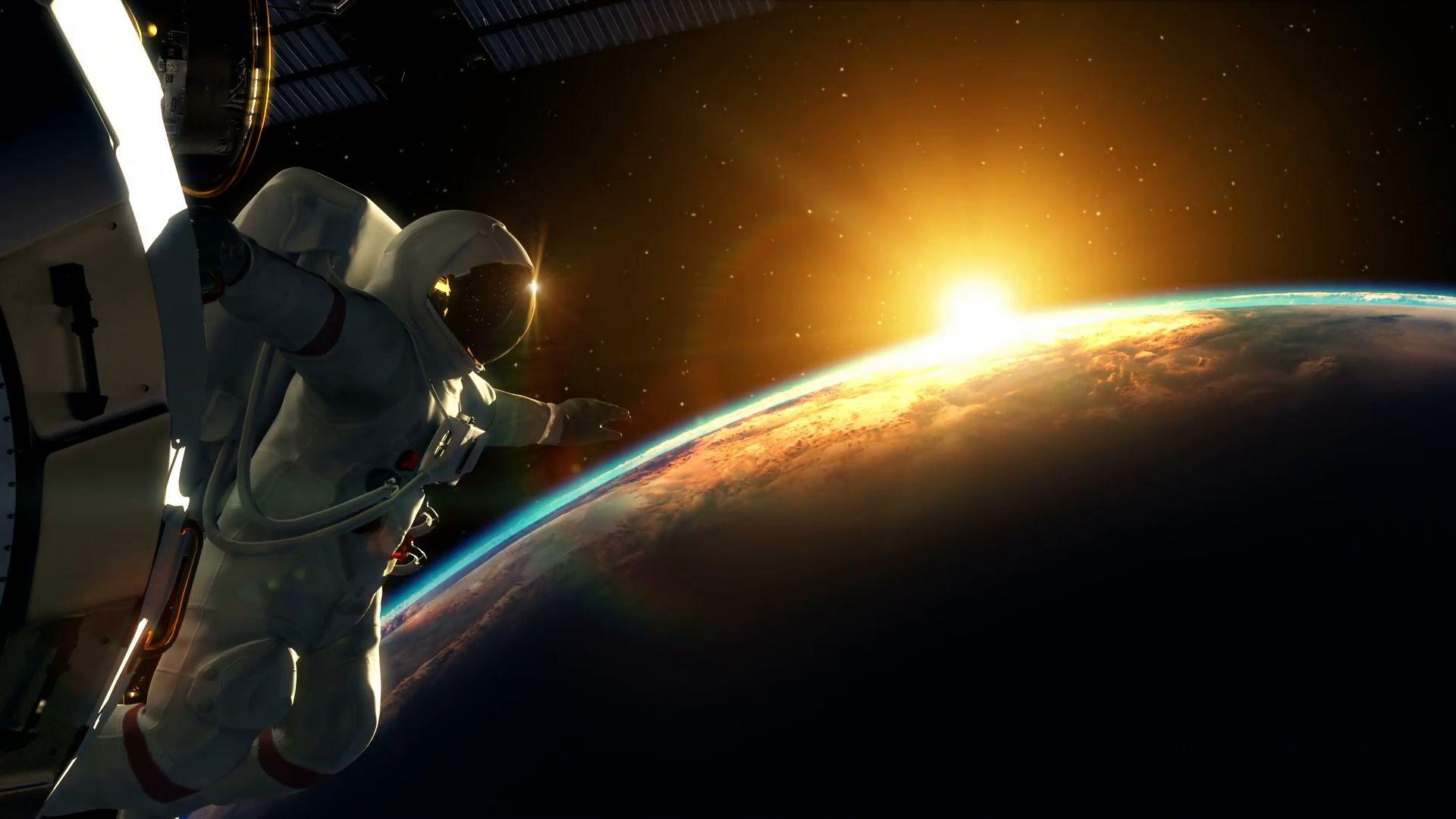 Как изглежда земният залез от космоса (видео)
