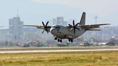 """Мъж бе спасен във ВМА след донорска ситуация, пак вдигнаха самолет """"Спартан"""""""