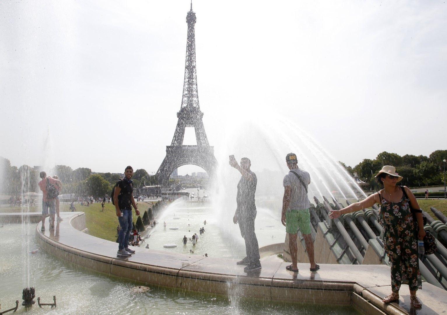 Горещо време обхвана цяла Франция