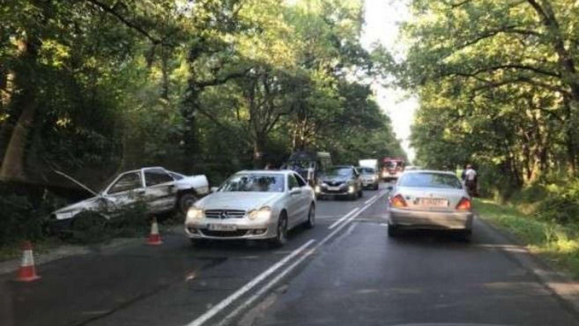 Тежка катастрофа с трима ранени на пътя Варна - Бургас