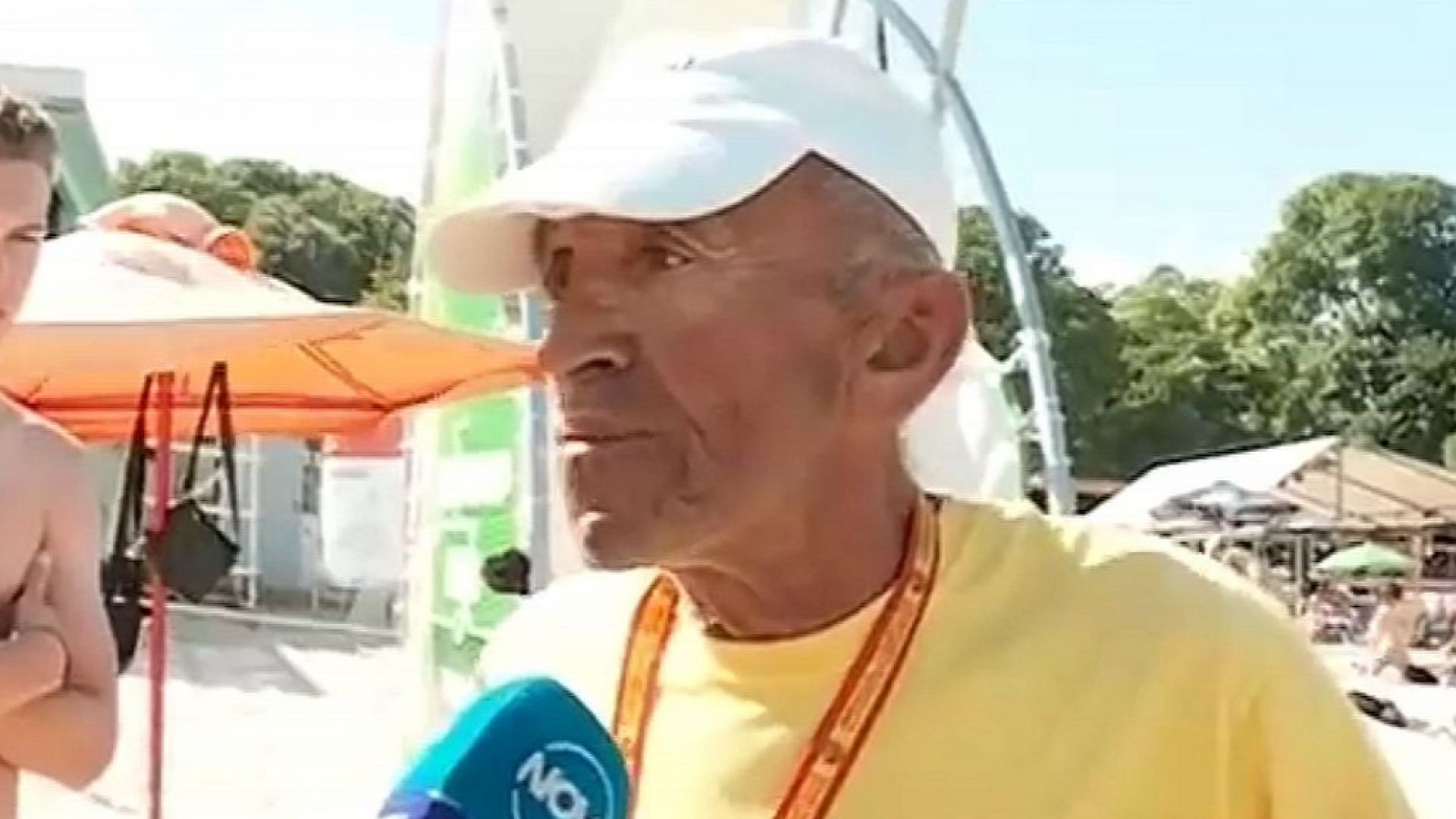 Бой между спасител и турист на плаж във Варна (видео)