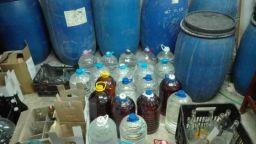 Откриха близо тон нелегален алкохол в гараж в Несебър