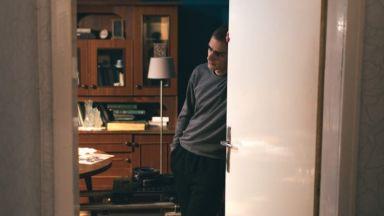 """Късият филм """"Посещението"""": Неканените гости са най-чакани"""