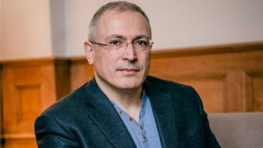 Обиски и конфискация в офиси на Ходорковски в Москва