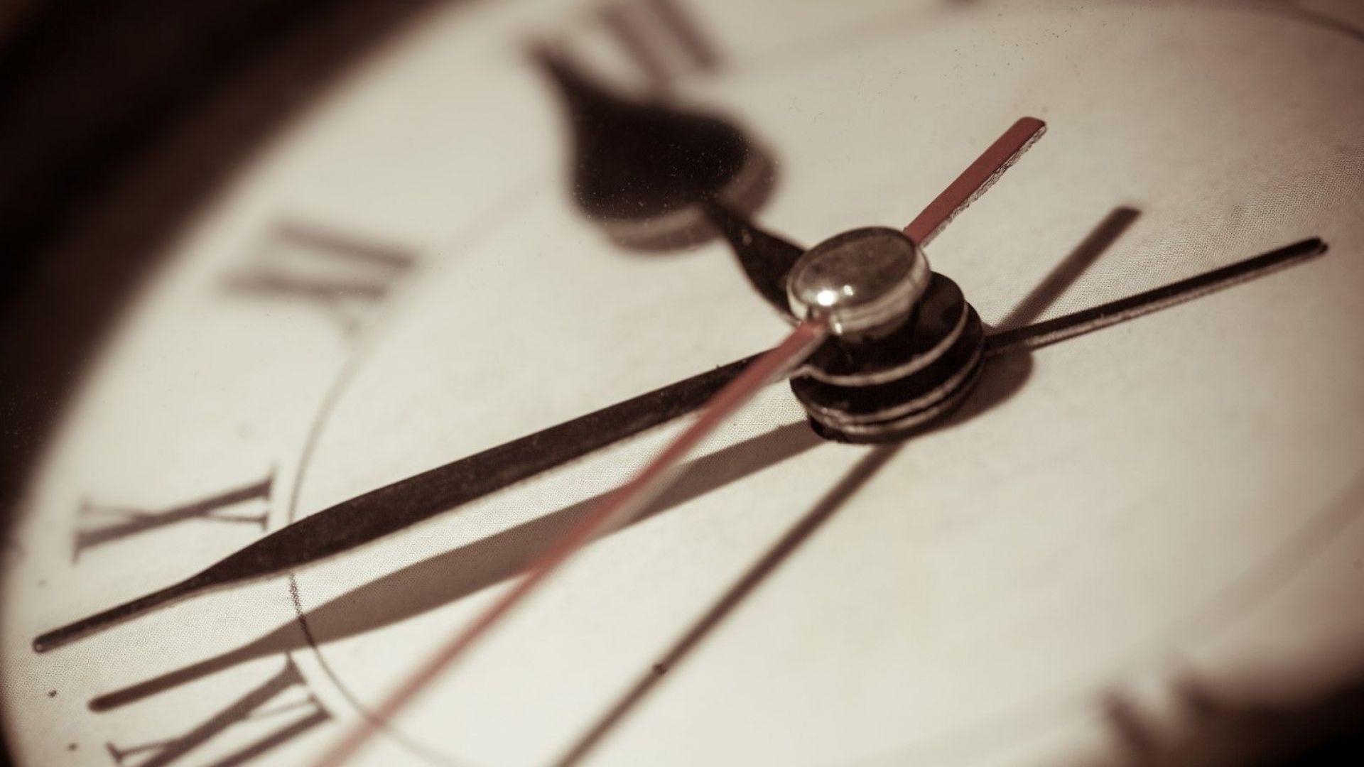 Смяната на часовото време едва ли ще спре преди 2021 г.