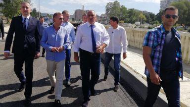 Борисов провери и ремонтите във Варна: Както съм им се накарал, ще са готови до 3-4 месеца