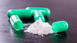 Задържаха българин с над 40 пликчета кокаин в стомаха в Доминикана