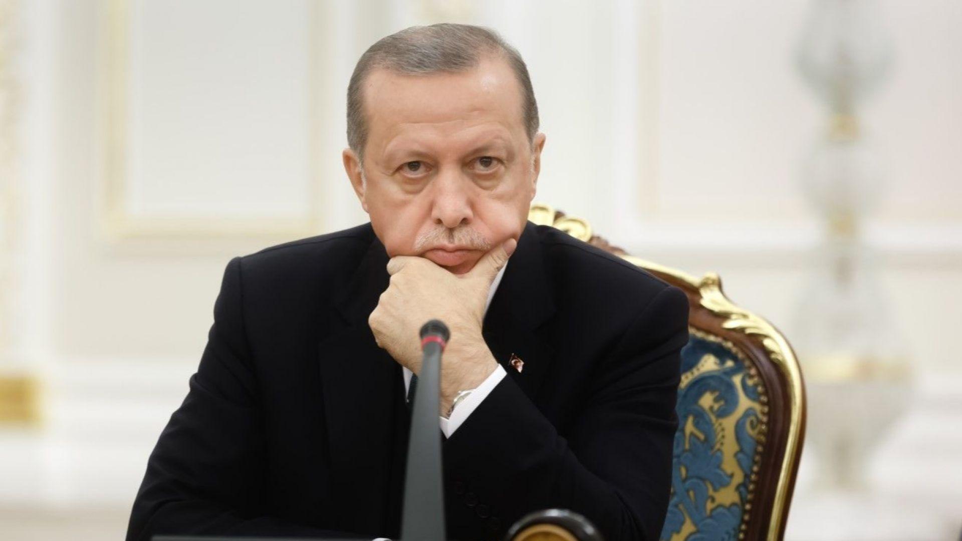 Ердоган смята спада на турската лира за заговор срещу държавата