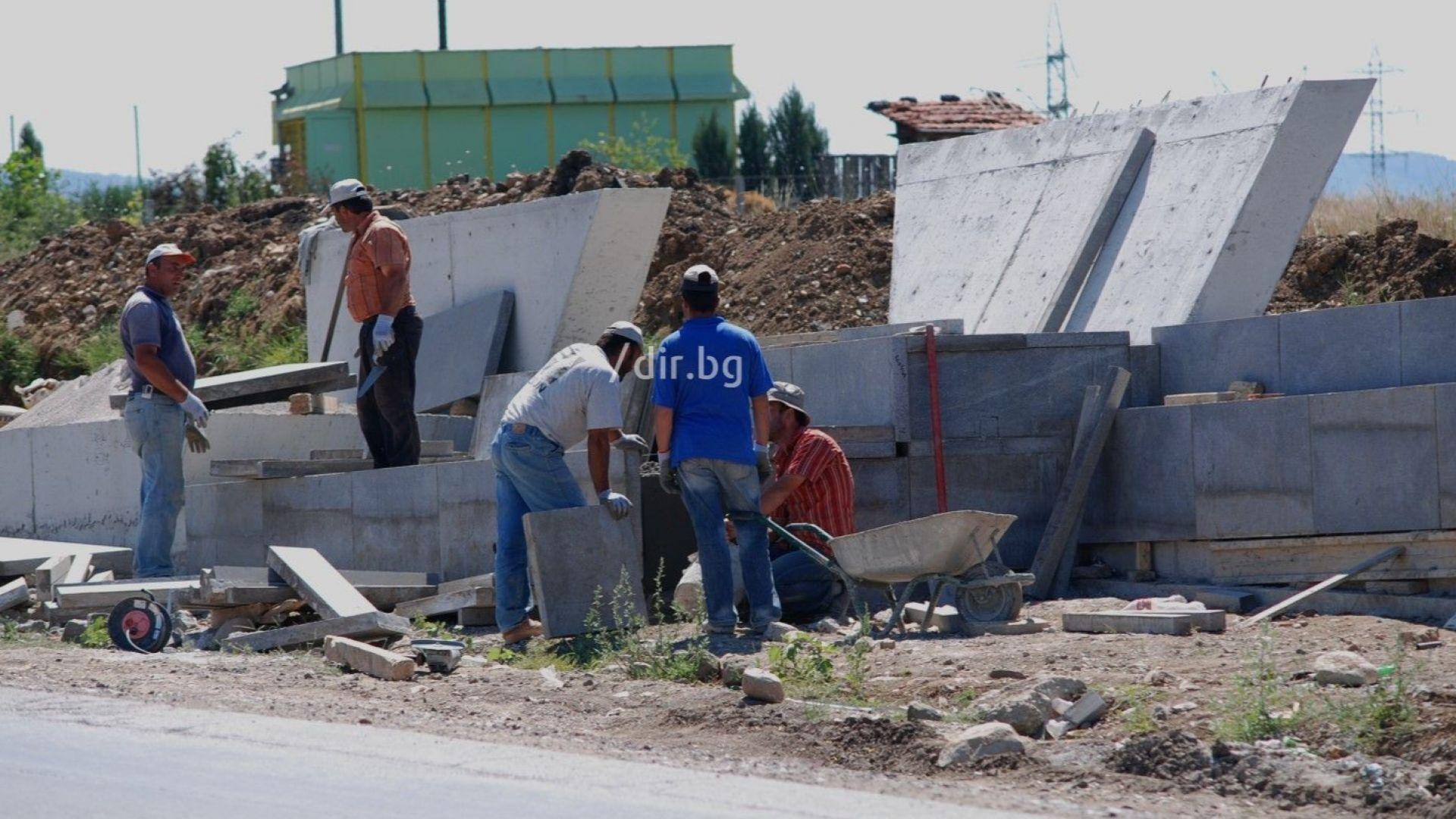 13 юли 2008 г. Строежът на паметника на загиналите