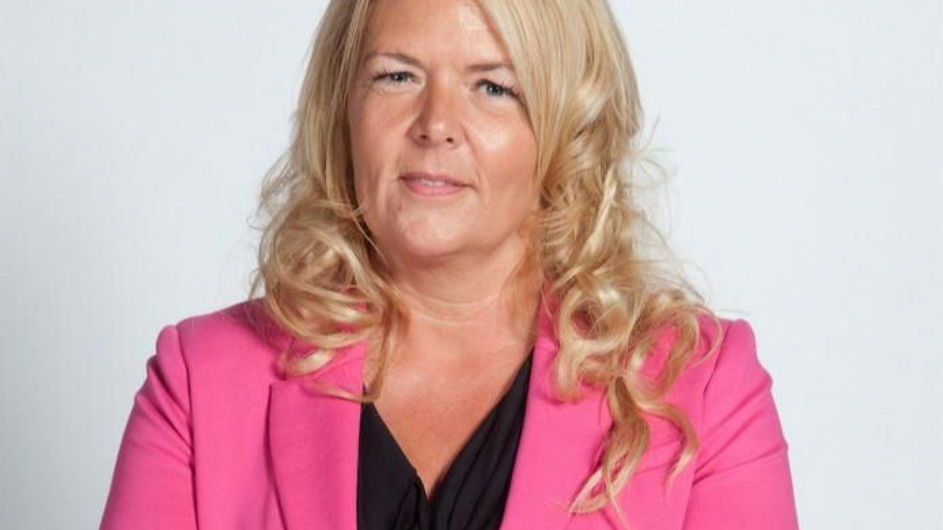 Холандски политик се самоуби, след като призна, че е била изнасилена