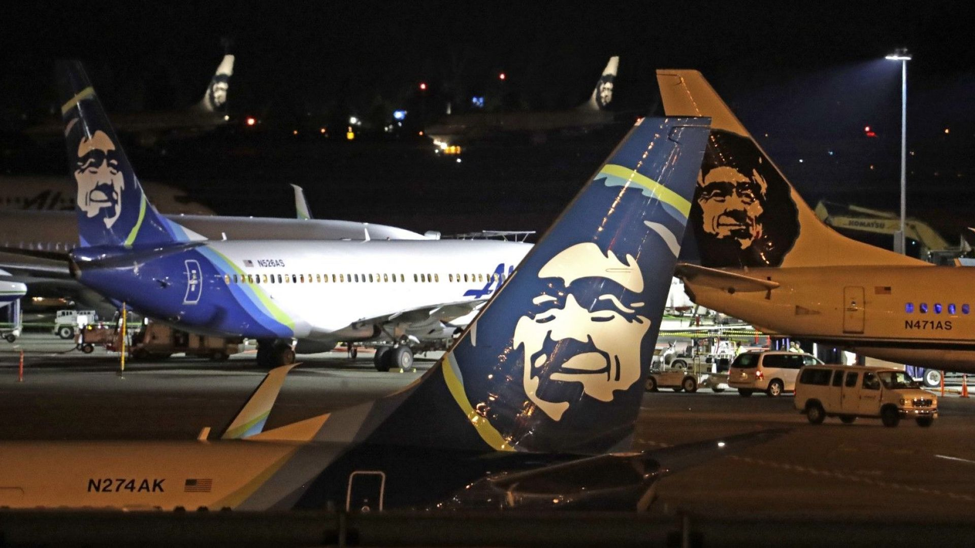 """""""Хлопат ми няколко дъски"""", казал на авиодиспечерите служителят, откраднал самолет"""