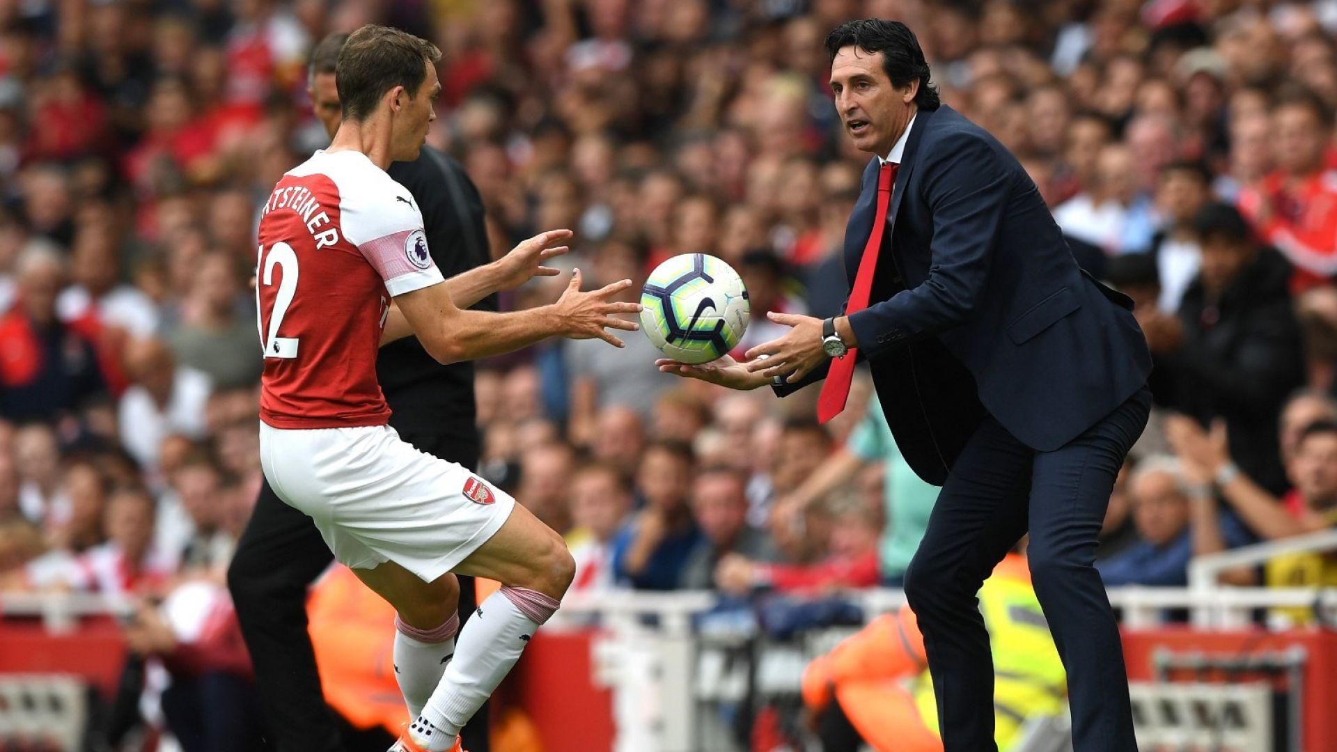 Треньорът на Арсенал учи английски език по методиката на Бербатов