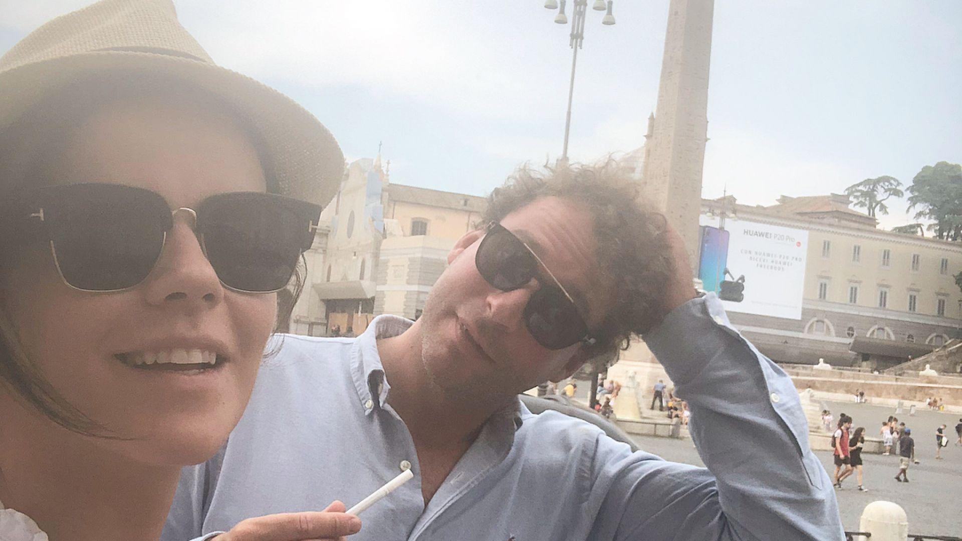 Мона и съпругът ѝ на пътешествие в Рим (снимки)