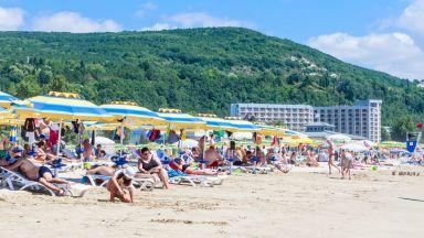 Министърът на туризма пред Германия: Няма коронавирус на морето