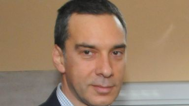 Две големи компании ще открият стотици работни места в Бургас