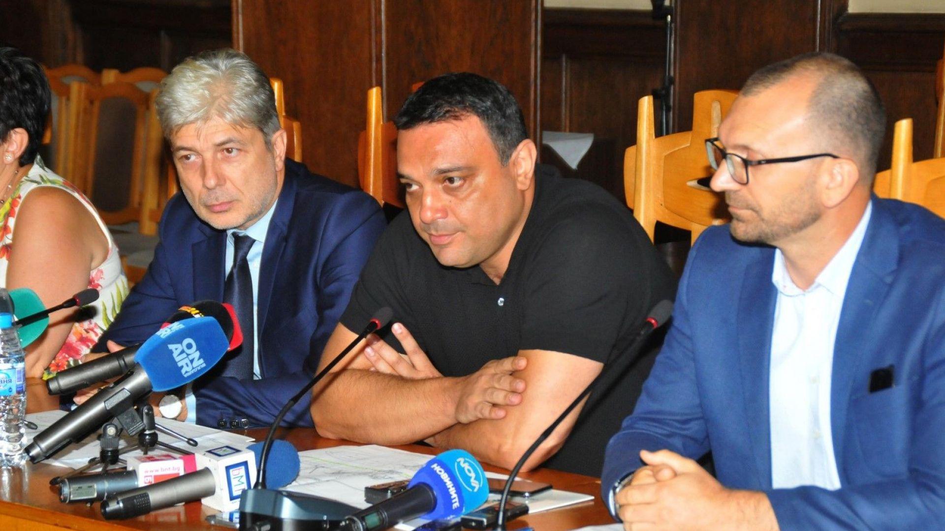 Министри: Ситуацията с теча на мазут от потънал кораб, е овладяна