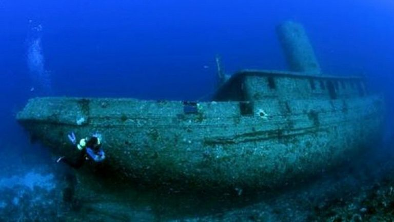 100 тона мазут има в потъналия преди век кораб край Созопол