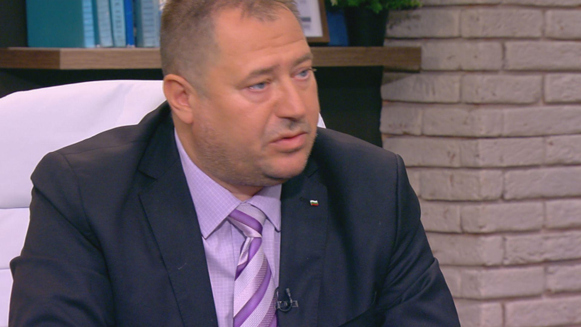 Съдът наложи 100 000 лева гаранция на бившия шеф на ДАБЧ Петър Харалампиев