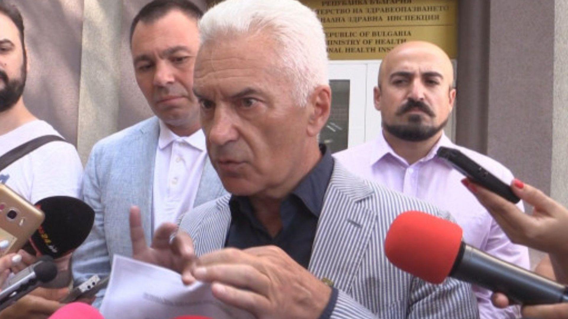 Сидеров: Не сме във властта да затваряме заведения